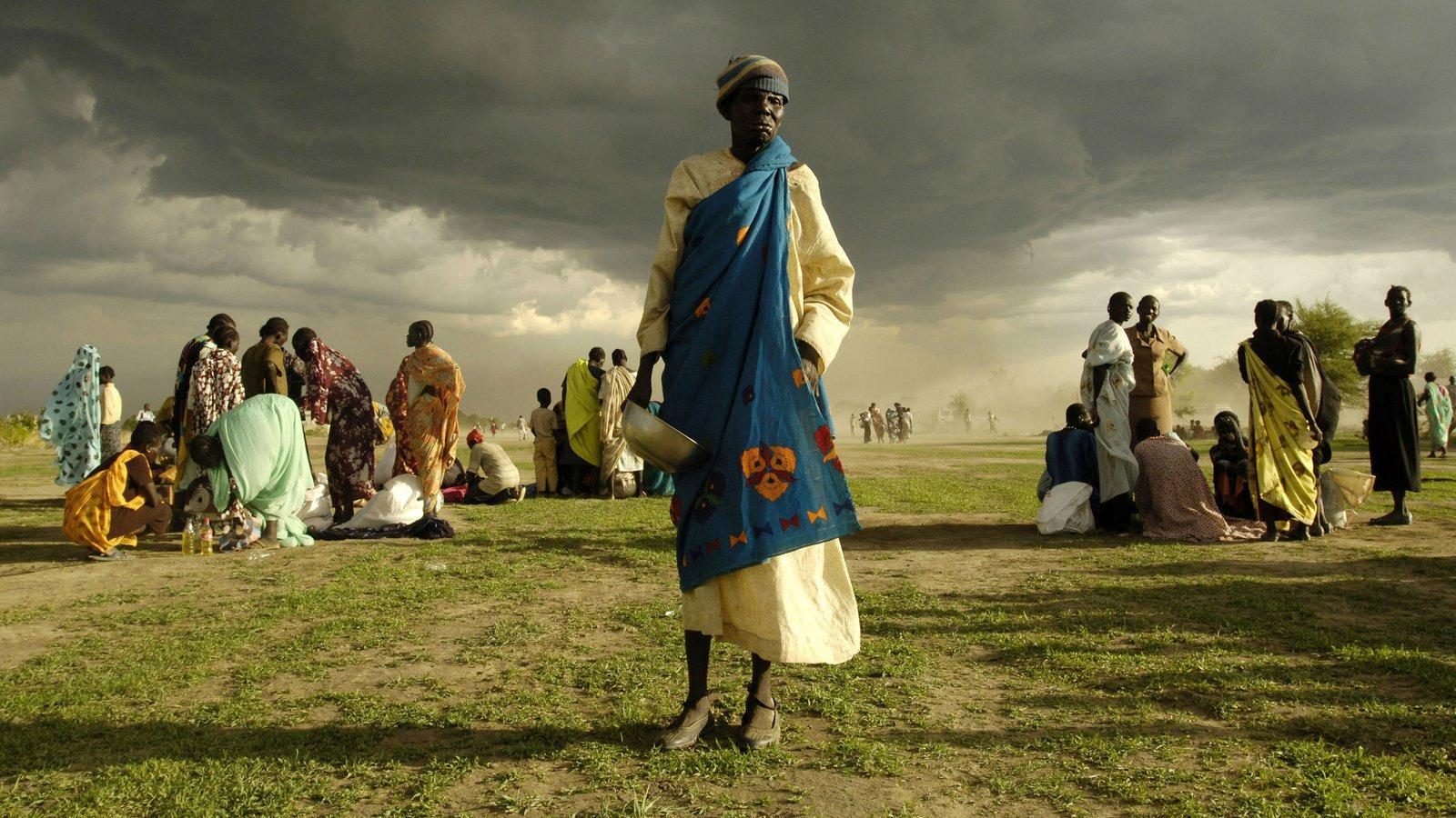 صورة بنات جنوب السودان , حياة المراة فى الجنوب