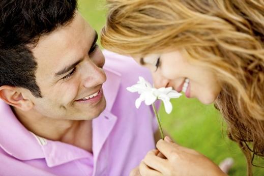 بالصور صور رومانسيه للمتزوجين , صور حب حلوة 278 4