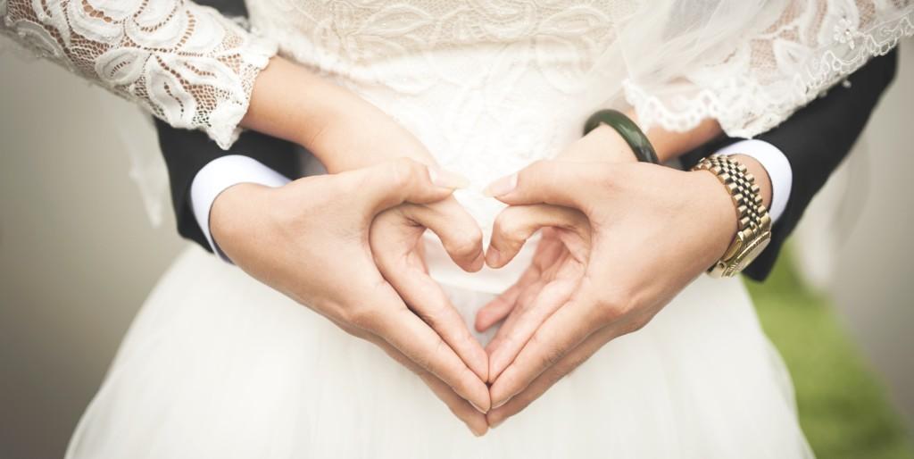 بالصور صور رومانسيه للمتزوجين , صور حب حلوة