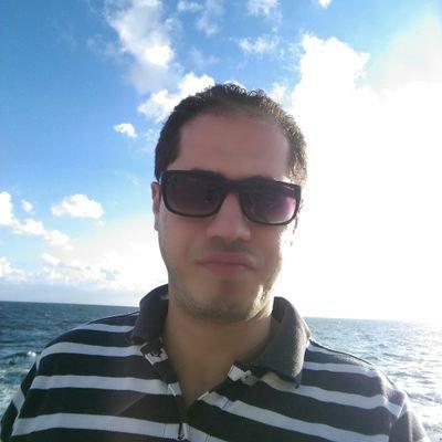 بالصور صور شباب على البحر , تامل البحر بالصور 363 6
