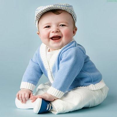 بالصور اطفال يضحكون , احلى ابتسامة اطفال بالصور 388 3