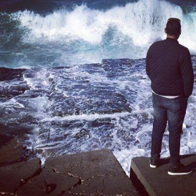 بالصور شباب حزين على البحر , صور حزينة للشباب 419 2