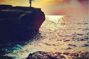 صور شباب حزين على البحر , صور حزينة للشباب