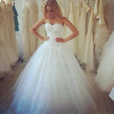 صورة فساتين عرس , تصميمات 2019 لفساتين الزواج