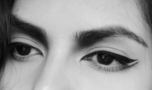 صور صور عيون حزينه , اجمل صور العيون الحزينة المؤلمة