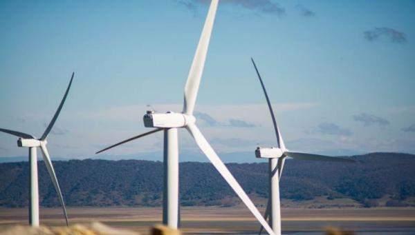 صور كيفية توليد الكهرباء من الرياح بطريقة بسيطة , كيف نحصل علي كهرباء من الرياح
