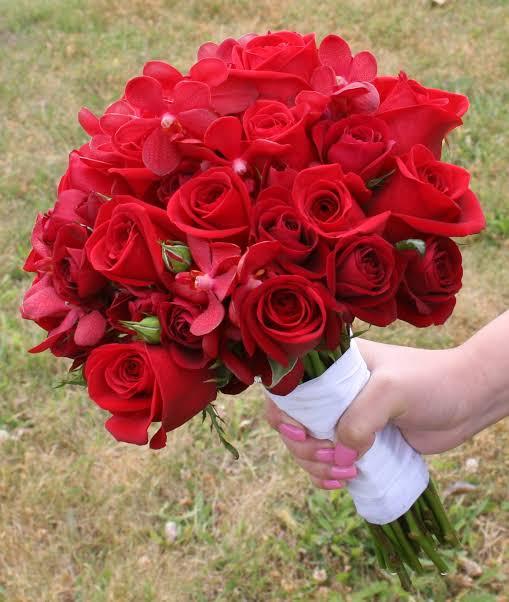 صورة اجمل بوكيه ورد , اهدى لحبيبك اجمل باقه من الزهور 2330 7