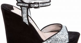 صورة احذية حريمى , تالقي كثيرا في الشتاء والصيف بهذه الموضلات