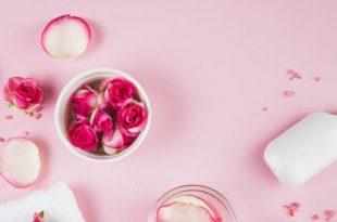 صورة فوائد ماء الورد , استعمالات ماء الورد بالبشرة