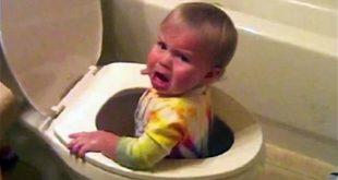 صورة طفل عسل يفطس من الضحك , صور اطفال مضحكه